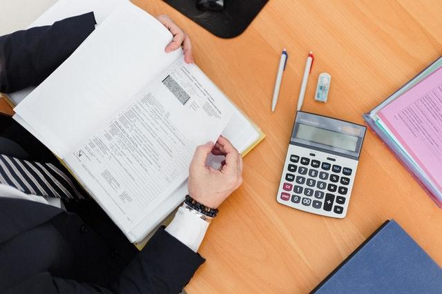 Business Credit Reporting: Understanding Tradelines